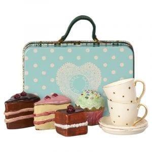 Maileg resväska med kakor och koppar - Lilla Stork