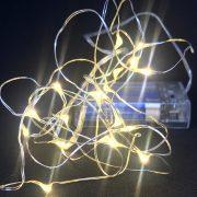 Ljusslinga med 20 små LED lampor_Lilla Stork
