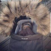 Mörk Fuskpälskrage till Barnvagnen