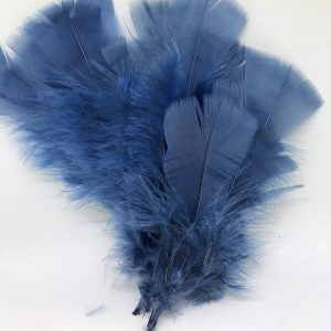 Påskfjädrar i fina färger - blå Lilla Stork