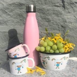Vattenflaska och Pippi Emalj