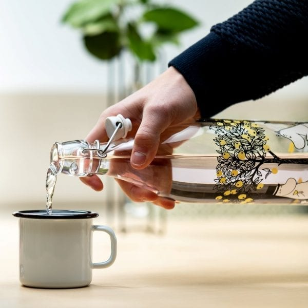Mumin Glasflaska med Patentkork, 1L - Äpplen